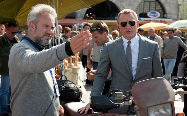 Sam-Mendes-Daniel-Craig-Bond.jpg