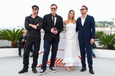 "Caption : CANNES, FRANCE - MAY 22: Brad Pitt, Quentin Tarantino, Margot Robbie and Leonardo DiCaprio attend the photocall for ""Once Upon A Time In Hollywood"" during the 72nd annual Cannes Film Festival on May 22, 2019 in Cannes, France. (Photo by Stephane Cardinale - Corbis/Corbis via Getty Images)"