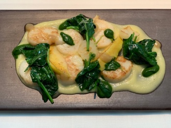 Scallops with Spinach and Quince